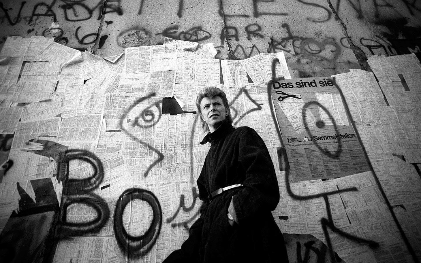 david-bowie-no-muro-de-berlim-foto-america-aljazeera-original